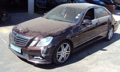 Mercedes212E2502011[WolfAdminVehicle726_803]